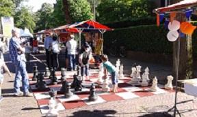 2015-Vught-Overbrught-2015-de-vughtse-toren-groot-schaakbord-1